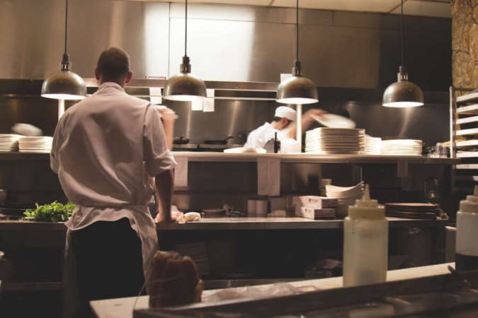 厨房の料理人