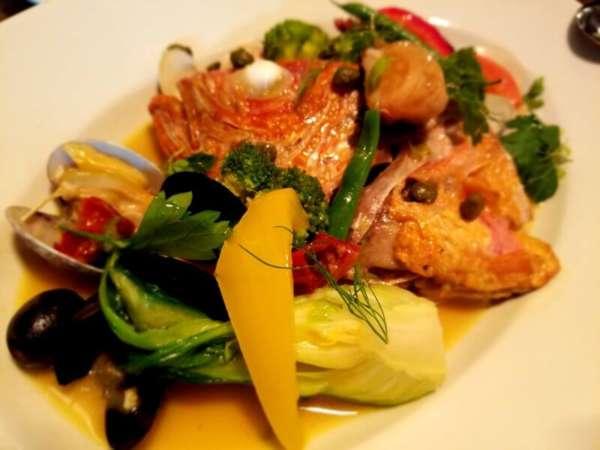町田の食材を使用したマチダイナーの料理