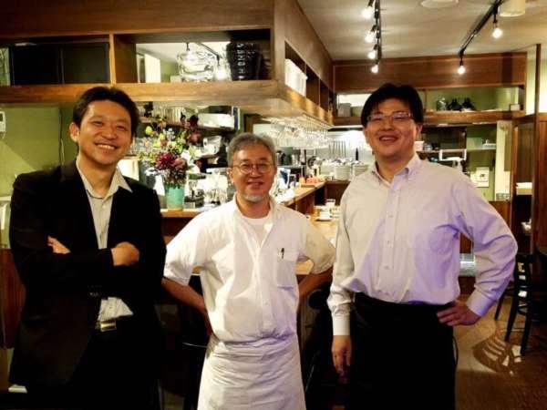 ワインカフェのお2人と開業コンサルタント大森