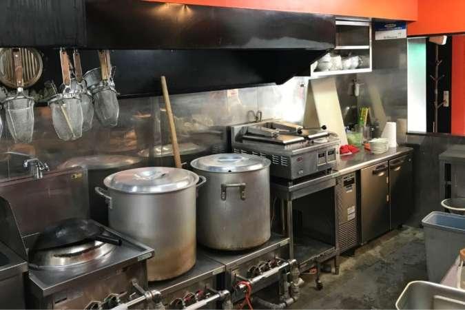 飲食店の厨房例