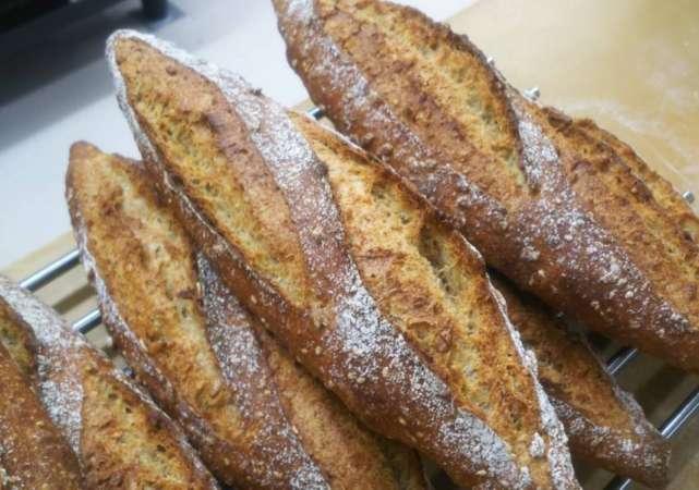 723ベーカリーのフランスパン